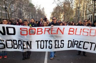 Els treballadors de TMB es mobilitzen pel retorn al lloc de treball d'Andreu de Cabo