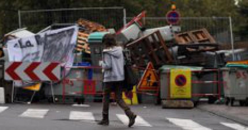 Les mobilitzacions contra la retallada de les pensions a Catalunya Nord deriven en protesta continuada