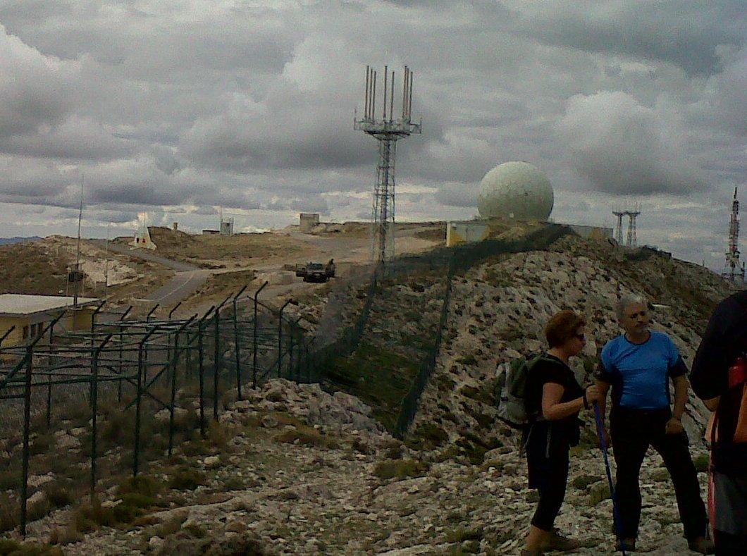 vigilats pels militars espanyols