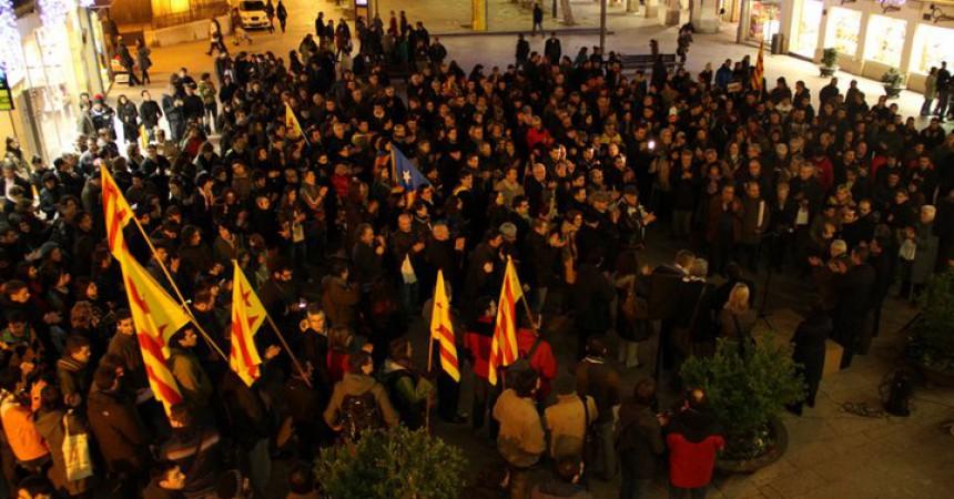 Les imatges de les mobilitzacions en defensa del català a l'escola