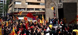 Manifestació a Xàtiva dels 300 anys el 2007. Foto: L'ACCENT
