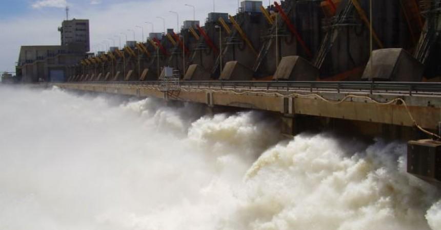 Paraguai: Els desplaçats per la presa de Yaciretá en peu de guerra
