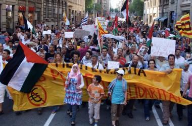 Milers de persones es manifesten a Barcelona contra el criminal atac israelià a la flota d'ajuda a Gaza