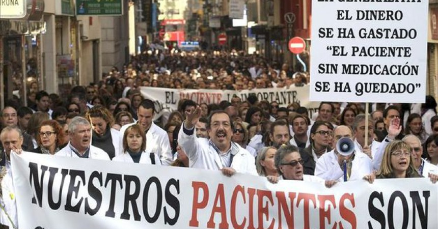 El conflicte de les farmàcies valencianes s'enroca
