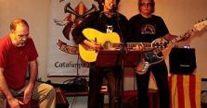Al nord, la música en català no s'atura