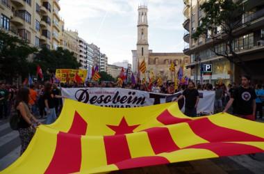 L'EI reivindica la nació completa i la desobediència per a assolir un canvi real