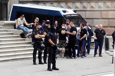 Grups feixistes han actuat avui amb impunitat als carrers de Barcelona i València