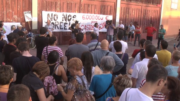 Concentracion-Plaza-de-Toros-615x345