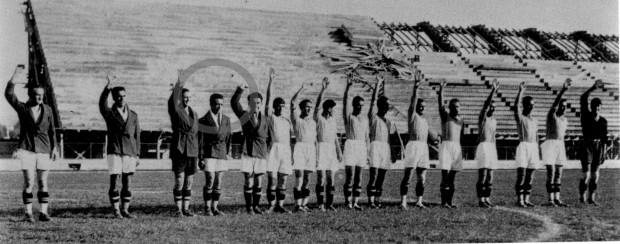 Bruno Neri negant-se a fer la salutació feixista en la inauguració d'un estadi a Florència el 1931