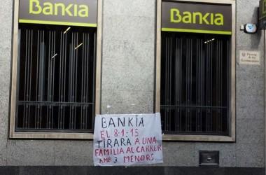 Carbó per a Bankia per voler desnonar una família amb tres menors