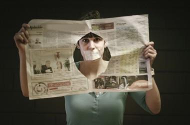 Centenars de periodistes del País Basc s'uneixen contra la Llei Mordassa del Govern espanyol