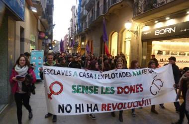 Desenes de mobilitzacions tenyeixen de lila el país per a commemorar el 8 de març