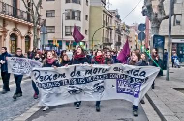 La 3a Marxa Feminista recorre els carrers de Mataró