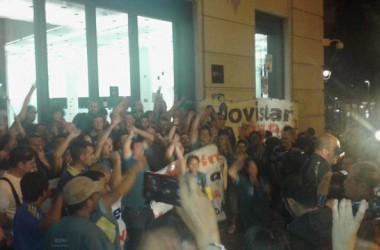 L'ocupació de la seu de Telefónica a Plaça Catalunya de Barcelona força l'empresa a asseure's a negociar amb els treballadors