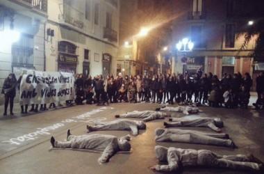 Milers de manifestants al carrer contra la violència masclista als Països Catalans #ensvolemvives