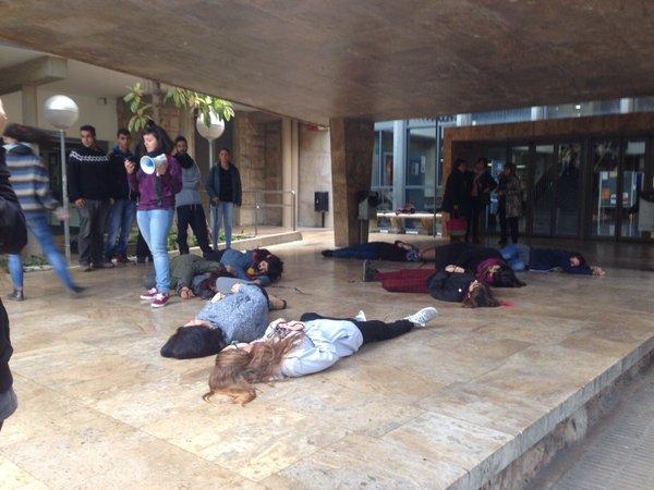 València, acció a la Universitat