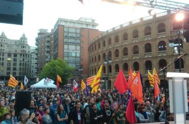Milers de manifestants a València exigeixen una alternativa independentista i anticapitalista a l'estat de les autonomies