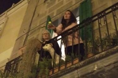 Dos dies de resistència a Gràcia després del desallotjament del Banc Expropiat