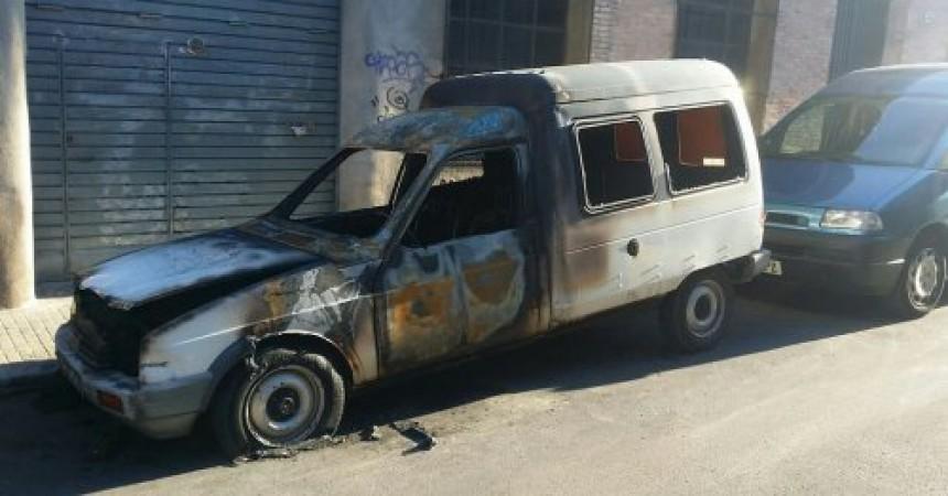 Cremen el cotxe del secretari general de la CGT de Catalunya