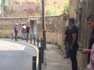 Els sicaris de l'empresa de desallotjaments han forçat amb violència la porta, però no els han detingut.