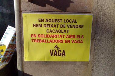 Cada cop més establiments deixen de vendre Cacaolat en solidaritat amb la vaga dels treballadors