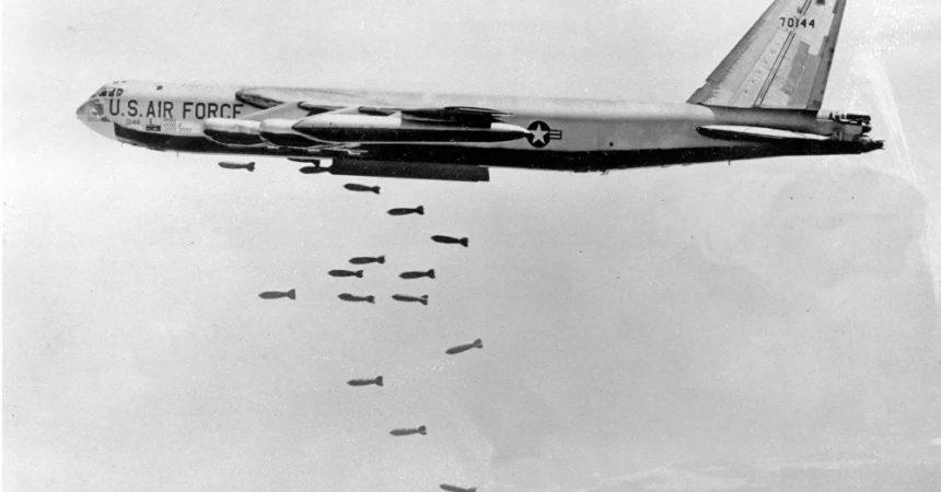 55 anys de l'operació Rolling Thunder, el crim de guerra massiu dels EUA que el Vietnam va poder resistir