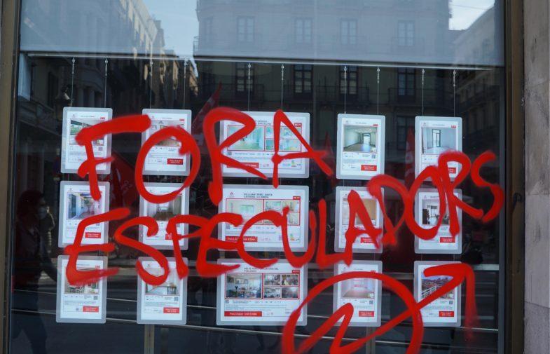 Galeria d'imatges de la manifestació Que la paguin els rics a BCN