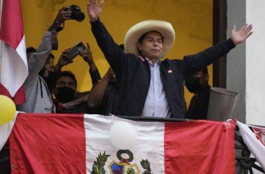 La dreta i els Estats Units d'Amèrica intenten un cop d'estat al Perú contra el president electe Castillo